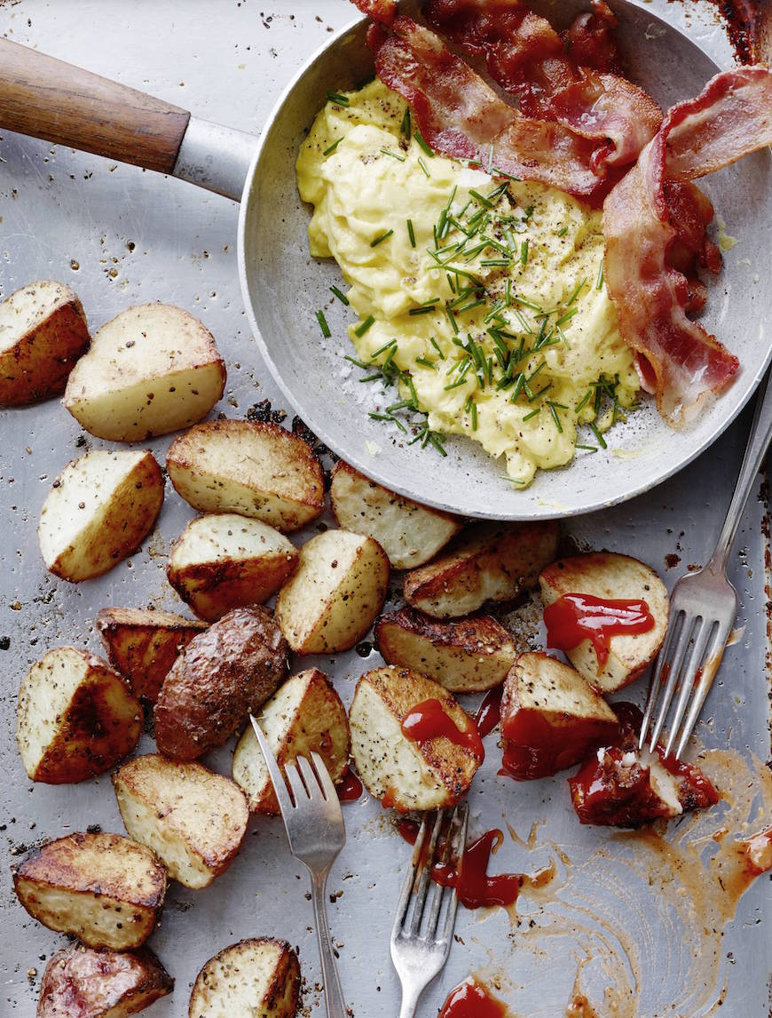 A simple recipe for breakfast potatoes from What's Gaby Cooking with perfectly crispy edges that are seasoned to perfection!