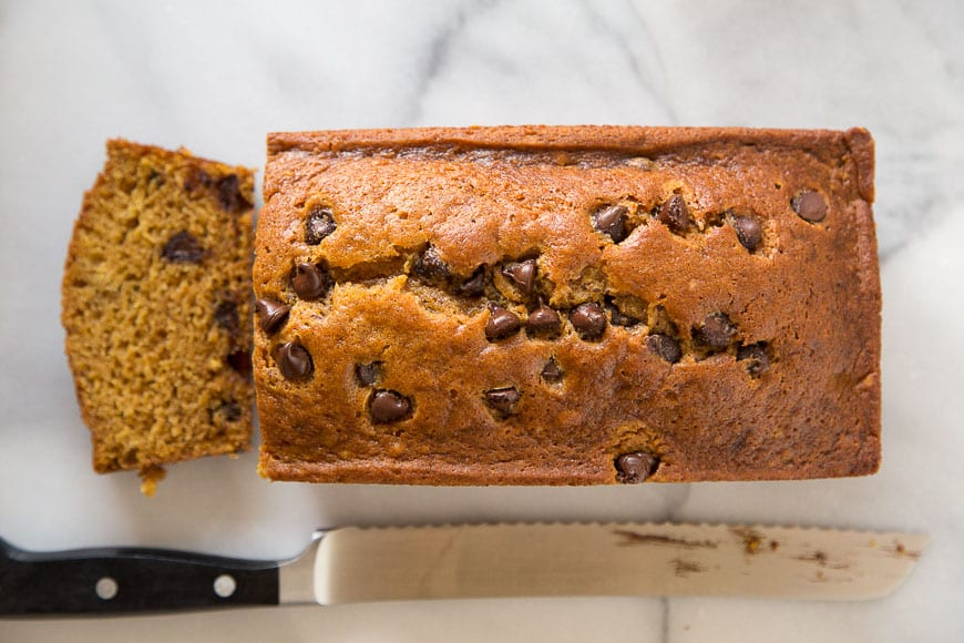 Chocolate Chip Pumpkin Bread! A quick and easy quick bread that will ...