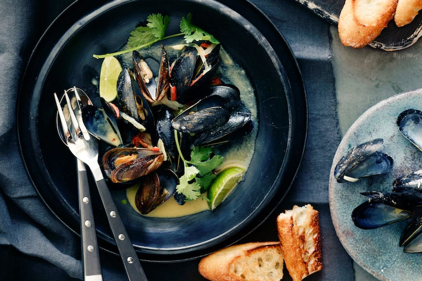 Coconut Curry Mussels - What's Gaby Cooking