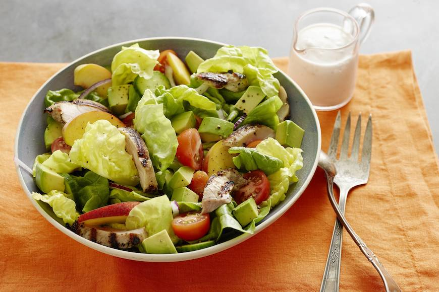 GRILLED_CHICKEN_PEACH_AVOCADO_SALAD_H copy