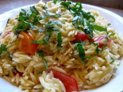 Orzo Salad with Basil and Tomatoes - What's Gaby Cooking