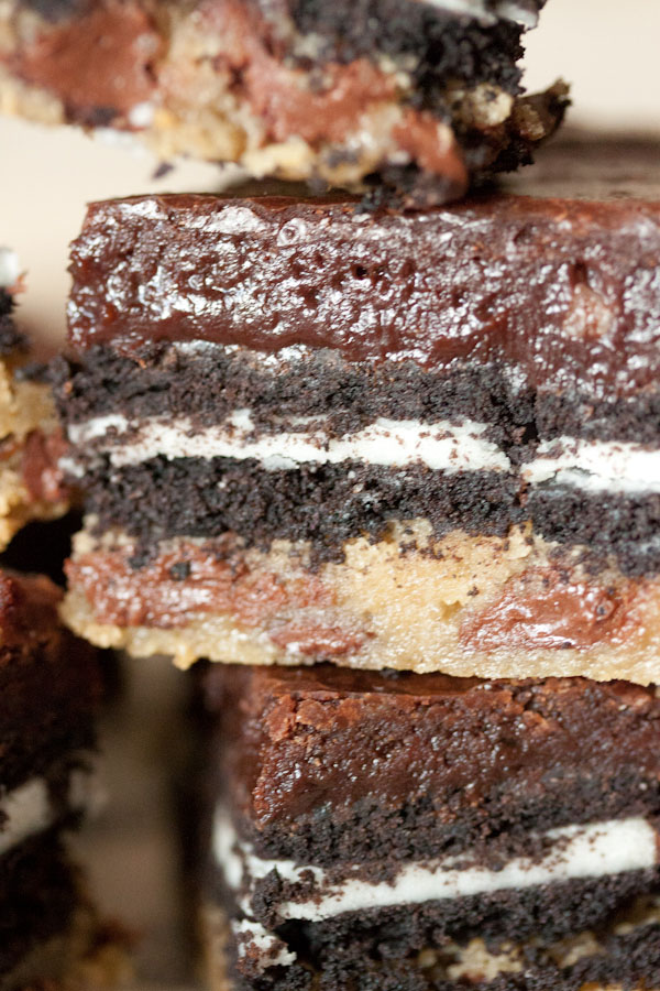 Slutty Brownies / Desserts for Chocolate Lovers from www.whatsgabycooking.com (@whatsgabycookin)